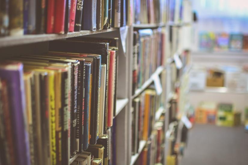 library-2607146_960_720.jpg