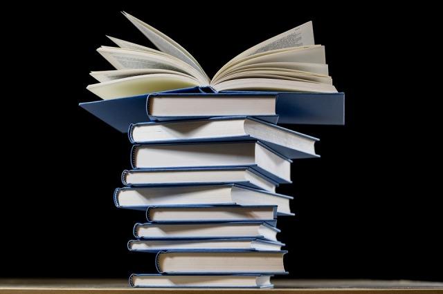 book-2852903_960_720.jpg