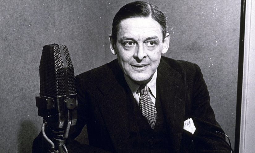TS-Eliot-photographed-in--012.jpg