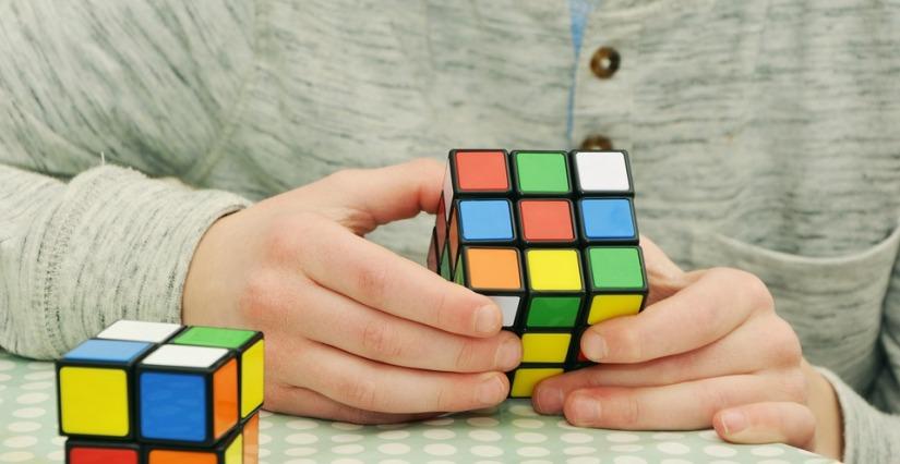 magic-cube-1976725_960_720.jpg